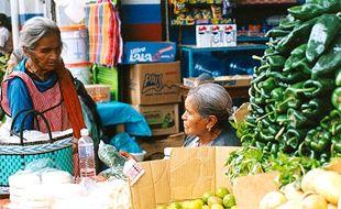 Une scène de marché typique au mercado de San Jose, à Xalapa.