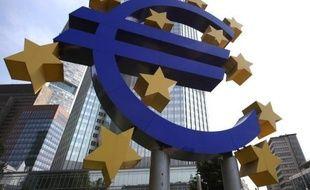 Le déficit de la balance des comptes courants en zone euro s'est creusé au mois de septembre, atteignant 13,1 milliards d'euros, selon des chiffres provisoires publiés jeudi par la Banque centrale européenne (BCE).