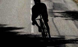 Photo d'illustration d'un cycliste.