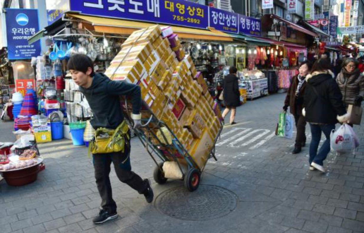 Marché traditionnel à Séoul le 1er février 2016 – JUNG YEON-JE AFP