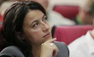 """La ministre du Logement, Cécile Duflot, a assuré que """"les enjeux environnementaux en Guyane"""" seraient """"réexaminés"""" par la nouvelle ministre de l'Ecologie, assurant que son gouvernement """"écoutait la voix des écologistes"""", samedi lors du Conseil fédéral de son parti, EELV."""