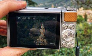 Le compact Canon SX740 HS et son impressionnant zoom optique 40x.