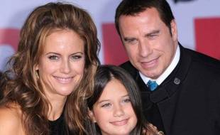 John Travolta, Kelly Preston et leur fille Ella Bleu à Hollywood, le 9 novembre 2009