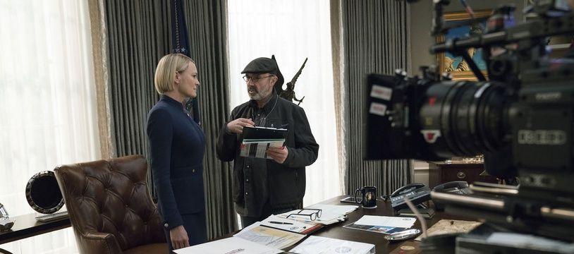 Robin Wright sur le plateau de la saison 6 de House of Cards, sous la direction de Franck Pugliese