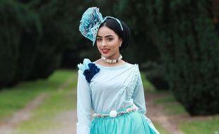 Sara Iftekhar, voilée, figure parmi les 50 concurrentes à l'écharpe de Miss Angleterre.