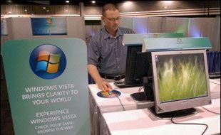 Le numéro un mondial du logiciel, l'américain Microsoft, a annoncé mardi le report à janvier 2007 de la sortie des versions pour les particuliers de son nouveau système d'exploitation Windows Vista.