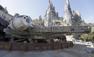 Un vaisseau spatial de «Star Wars ».