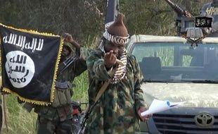 """Capture d'écran réalisée le 2 octobre 2014 d'une vidéo diffusée par Boko Haram montrant le leader du groupe islamiste nigérian, Abubakar Shekau = RESTRICTED TO EDITORIAL USE - MANDATORY CREDIT """"AFP PHOTO / BOKO HARAM"""" - NO MARKETING NO ADVERTISING CAMPAIGNS - DISTRIBUTED AS A SERVICE TO CLIENTS ="""