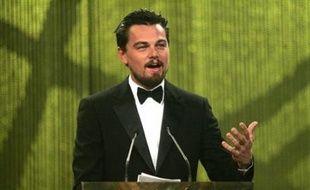 """Le documentaire de l'acteur Leonardo DiCaprio sur l'état de la planète, """"la 11ème heure"""", a été projeté à l'Assemblée nationale, devant un public de personnalités, d'élus et de jeunes, a annoncé vendredi le service de presse de l'Assemblée."""