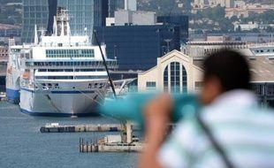 Les syndicats de la SNCM sont attendus mercredi au ministère des Transports pour évoquer une récente condamnation de la compagnie maritime par Bruxelles, ultime rencontre avant une grève prévue jeudi.