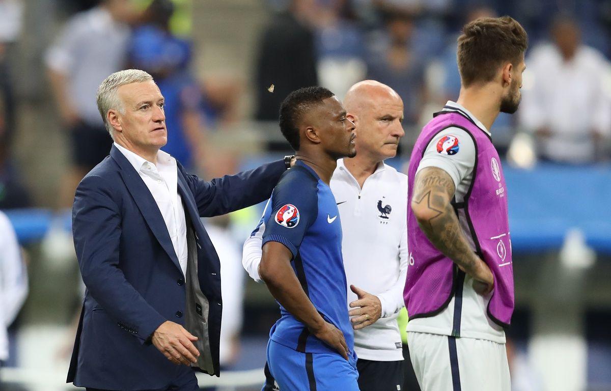 Patrice Evra et Didier Deschamps – Valery HACHE / AFP