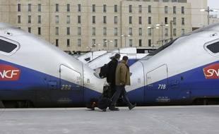 Des trains à la gare Saint-Charles, à Marseille.