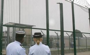 Un Roumain est décédé lundi soir au centre de rétention administrative de Vincennes.