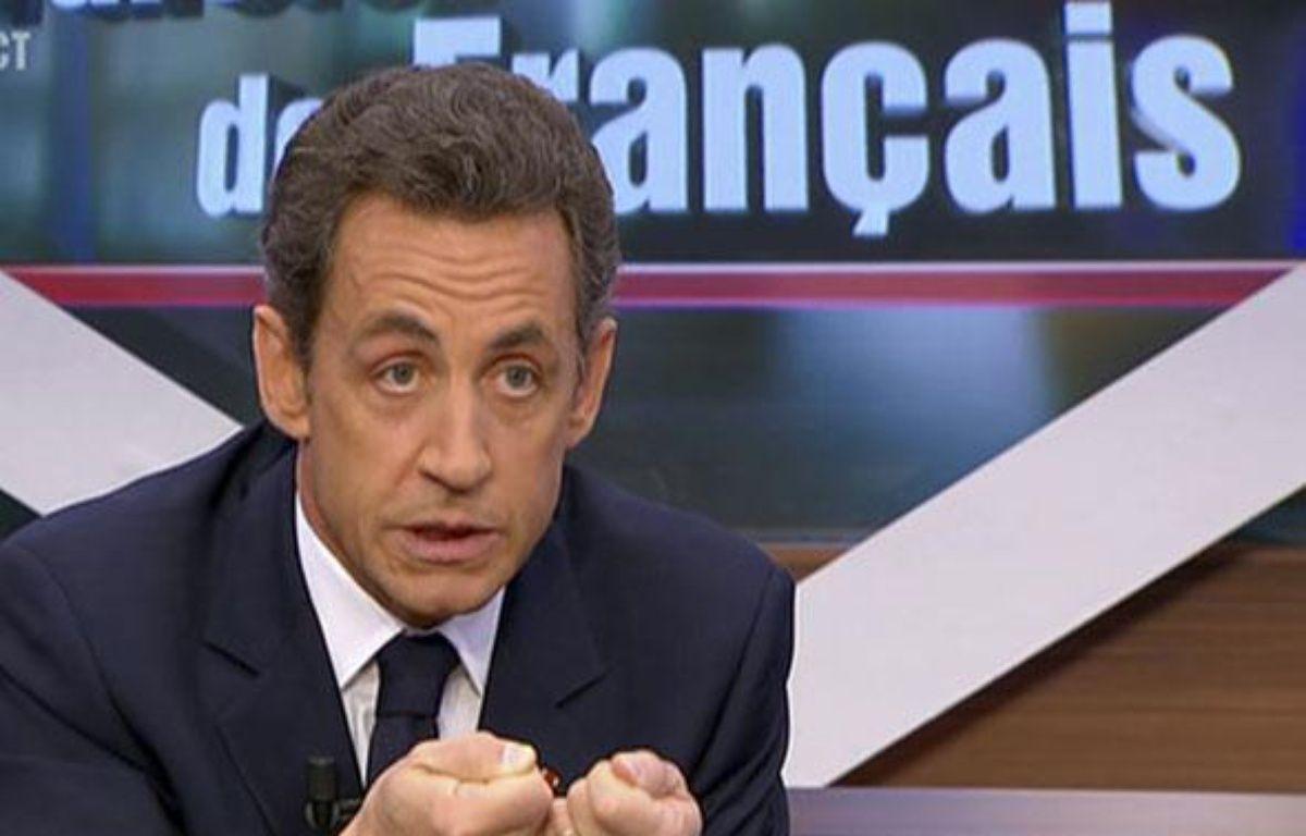 Le Président Nicolas Sarkozy lors de son intervention sur TF1 à «Paroles de Français» le lundi 25 janvier 2010. – REUTERS/TF1 TELEVISION