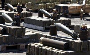 Les pays soumis à un embargo international sur les armes ont malgré tout réussi à importer plus de 2,2 milliards de dollars d'armements depuis 2000, selon un rapport de l'organisation humanitaire Oxfam publié jeudi.