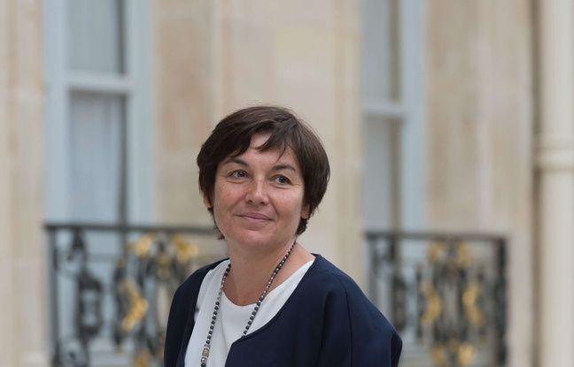 Annick Girardin, ministre des Outre-mer et candidate aux élections législatives, le 18 mai 2017 sur le perron de l'Elysée à Paris
