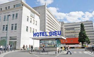 La surcharge de travail porterait atteinte à la santé des salariés du CHU de Nantes.