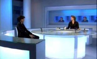 Capture d'écran d'une vidéo (à gauche, Rachida Dati, à droite, Roselyne Febvre sur le plateau de France 24)