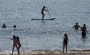 Le chéquier permet, notamment, d'obtenir des réductions sur le paddle (illustration).
