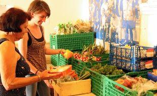 La distribution a lieu quatre jours par semaine dans les locaux de l'association.
