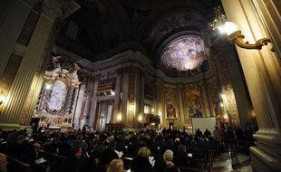 Face aux scandales de pédophilie qui ont causé à l'Eglise des dommages moraux et financiers considérables, les évêques jouent un rôle central et doivent pouvoir rendre des comptes, a recommandé mercredi le procureur du Vatican pendant le symposium à Rome