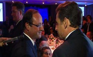 L'entrée en campagne de Nicolas Sarkozy entraîne une très faible hausse des intentions de vote en sa faveur (26% contre 25,5% il y a deux semaines) tandis que François Hollande reste largement en tête même s'il baisse de deux points (32% contre 34%), selon un sondage LH2-Yahoo! publié dimanche.