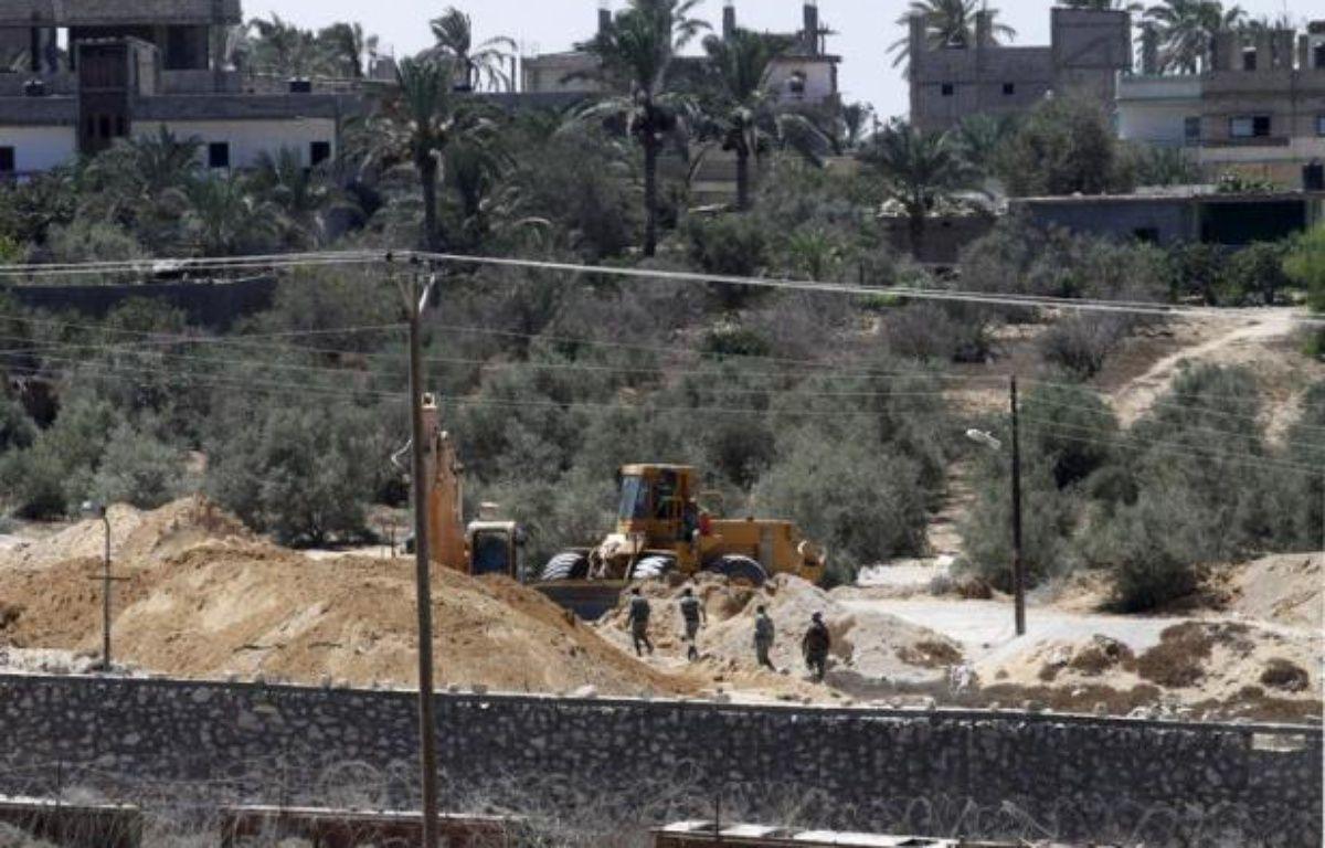 """L'armée égyptienne a déclaré samedi avoir tué 32 """"éléments criminels"""" au cours des opérations d'envergure qu'elle mène depuis un mois dans la péninsule du Sinaï. – Mohammed Abed afp.com"""