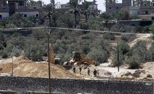 """L'armée égyptienne a déclaré samedi avoir tué 32 """"éléments criminels"""" au cours des opérations d'envergure qu'elle mène depuis un mois dans la péninsule du Sinaï."""