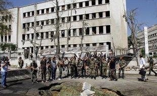 Plus de 30.000 personnes, en majorité des civils, ont péri en plus de 18 mois de conflit armé en Syrie, selon un bilan fourni mercredi par l'Observatoire syrien des droits de l'Homme (OSDH).