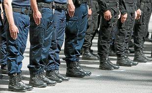 Cent vingt agents travaillent non-stop au service police secours de l'Evêché.