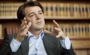 Le ministre du Budget, François Baroin, le 13 mai 2010 à son bureau.