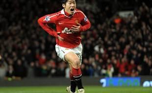 Ji-Sung Park sous le maillot de man U lors de la saison 2009-2010.