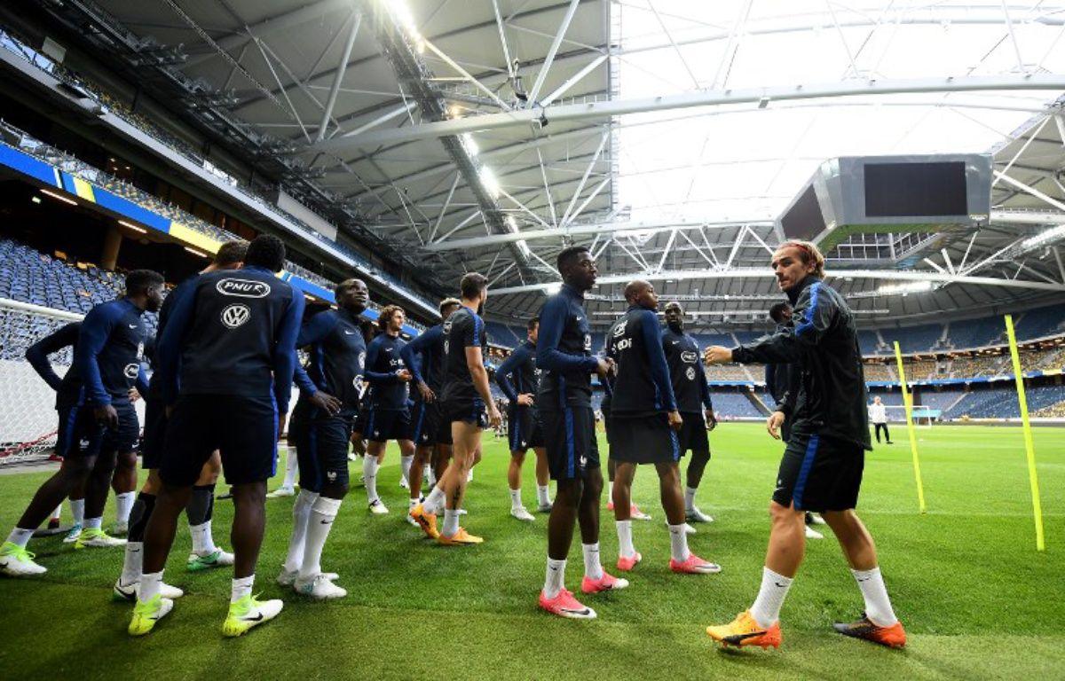 L'équipe de France à l'entraînement à la veille de Suède-France, le 8 juin 2017.  – FRANCK FIFE / AFP