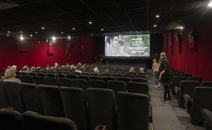 Malgré un frémissement observé depuis la rentrée, les salles de cinéma peinent à retrouver leur public.