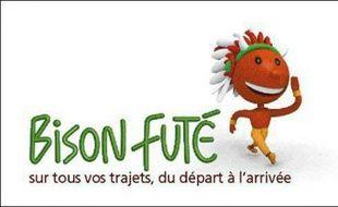 """Bison futé prévoit une circulation fluide pour les premiers départs en vacances d'été, sauf pour la journée d'aujourd'hui,  classée """"orange"""" dans le sens des départs en Ile-de-France et dans le quart sud-est du pays, y compris en Rhône-Alpes."""