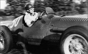 Formule 1 En Talent Pur C Est Fangio Le Plus Grand Pilote De L