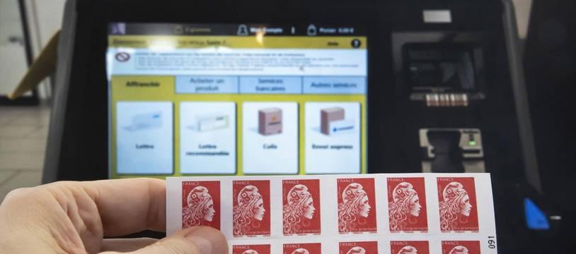 Le timbre rouge pourrait être abandonné par La Poste.