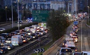 L'autoroute près de Barcelone, le 8 novembre 2017.