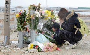 Le Japon va se figer le 11 mars pour se souvenir du terrible tsunami dans la région du Tohoku et constater l'immensité des chantiers hérités de cette catastrophe historique qui a fait près de 19.000 morts il y a deux ans.