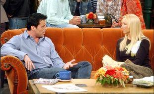 Joey (Matt LeBlanc) et Phoebe (Lisa Kudrow) dans la série Friends