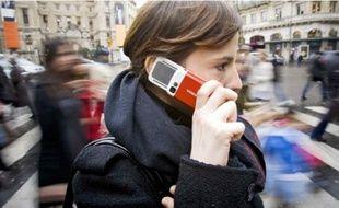 Les forfaits proposés par les opérateurs français sont parmi les plus chers d'Europe.