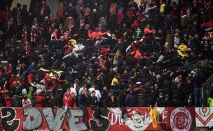 Les supporteurs de Lille avaient fait le déplacement à Amiens après l'accident du premier match.