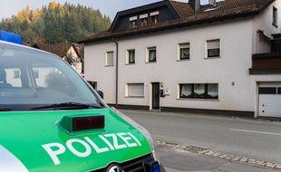 La maison où ont été découverts les corps des nourrissons, à Wallenfels, en Allemagne, le 13 novembre 2015.