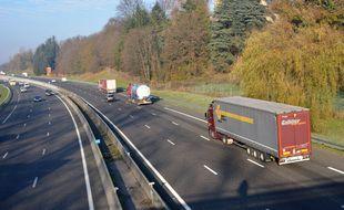 La remorque du camion est immatriculée en Roumanie mais on en sait pas beaucoup plus.