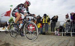 Le coureur suisse Fabian Cancellara sur le Tour des Flandres 2013.