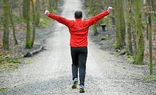 Running dans la forêt.