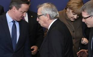 David cameron, Premier ministre britannique, et Jean-Claude Juncker, président de la Commission européenne, lors du Conseil européen des 18 et 19 février.