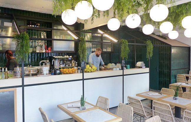 One Love Café propose des cafés, des jus et des plats du jour.