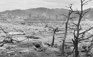 La ville d'Hiroshima dévastée après le bombardement atomique du 6 août 1945