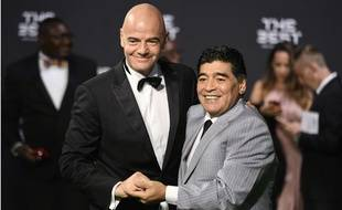 Le projet de Gianni Infantino est soutenu par Diego Maradona.